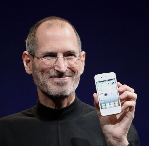 Steve Jobs with white iPhone 4